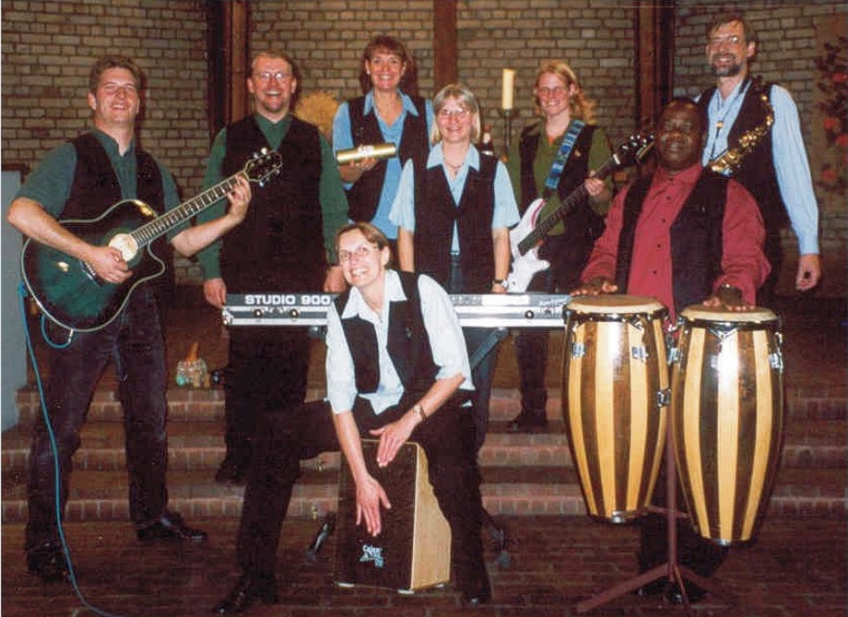 coverbild GOSPELBOAT 2004Band 640